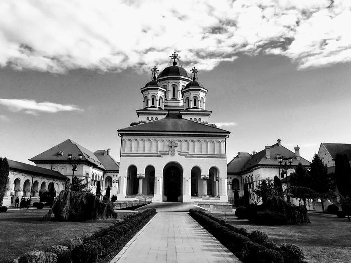 Arhiepiscopia Alba-Iulia Church Architecture Sky Built Structure Place Of Worship Building Exterior Spirituality Religion Cloud - Sky Day Outdoors Façade Travel Destinations No People Stories From The City