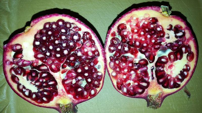 Granatapfel Pomegranate Seed Pomegranate Fruit Close-up Food And Drink