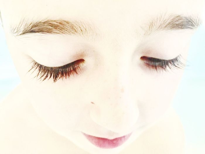 One Person Close-up Human Eye Real People Human Face Human Body Part Eyelash Sensory Perception Studio Shot Childhood Day Portrait Young Women Outdoors Young Adult White Background Eyeball People