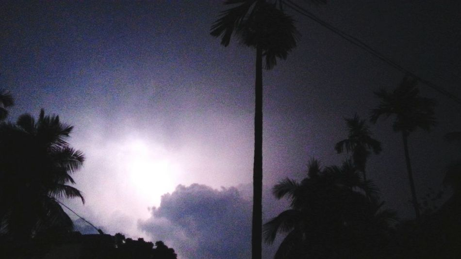 Lightening..... Amazing Nature Deadly Nature Lightening Dark Sky Night Sky Eye4photography  EyeEm Gallery EyeEm Nature Lover Eyeem4photography Great Outdoors With Adobe Eye4photograghy Showing Imperfection Mobile Photography