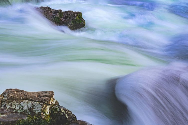 Water Motion Rock Blurred Motion Beauty In Nature Sea Rock - Object Solid Scenics - Nature No People Long Exposure Land Nature Day Tranquility Outdoors Sport Rock Formation Wave Flowing Water Power In Nature