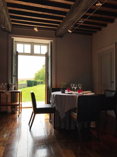 Restaurant with Garden Calm Bright View Lunch Grass Garden Food Indoors  Table Home Interior Window Chair No People Domestic Room Dining Room Luxury Nature