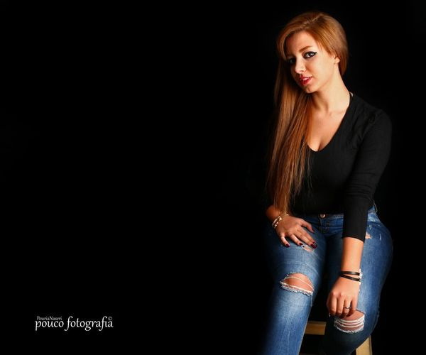 Beauty Beautiful Woman Copy Space One Woman Only Portrait Long Hair Beautiful People Looking At Camera One Person Fashion One Young Woman Only Only Women Person Sitting Adult Studio Shot People PouriaNaseri© PoucoFotografia© Girls Lovely Persian Girl