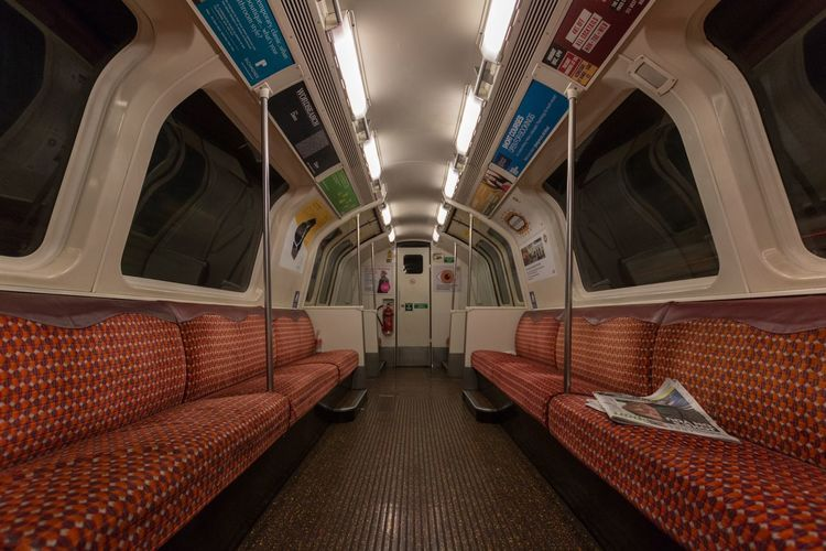 An empty Glasgow Subway carriage Metro Glasgow Metro Glasgow Underground Underground Scotland Glasgow  Spt Glasgow Subway Subway Indoors  Transportation No People Illuminated Vehicle Seat Subway Train Architecture