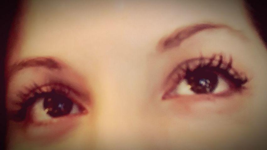 Looking At Camera One Woman Only People Close-up Human Body Part Brown Eyes Human Eye Eyelashesextension Eyelashes Fibromyalgia Depression Makeup Free Natural Light Adult Femininity🌹 Dark Eyes Wide Eyes Invisible Illnesses You Cant See My Pain EyeEmNewHere