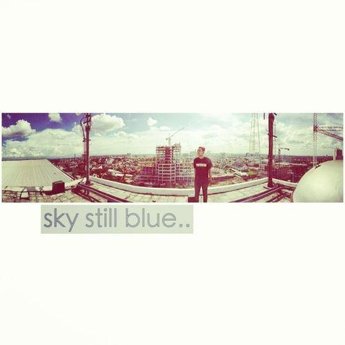 sky still blue...