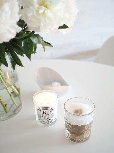 Coffee Candle Diptyque Hobstar Scandinavian Design White Interior