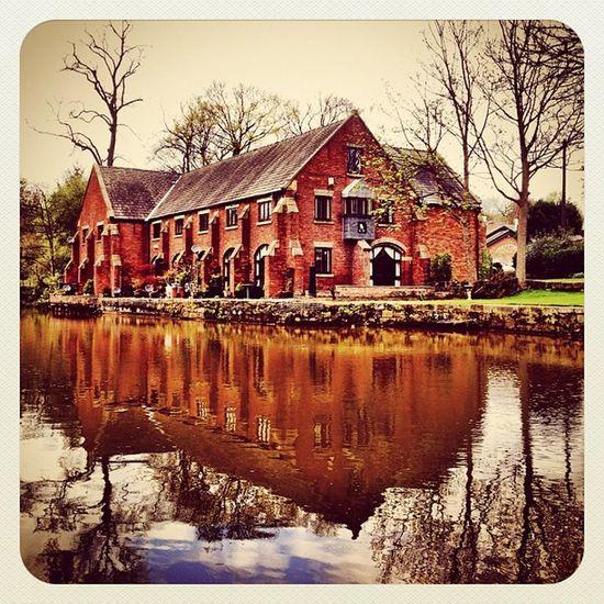 Another Shot from #worsley #earlybirdlove #ebstyles_gf #manchester #gf_uk #bridgewater #ubiquography #canal Reflection Canal Manchester Earlybirdlove Ubiquography Ebstyles_gf Worsley Gf_uk Bridgewater