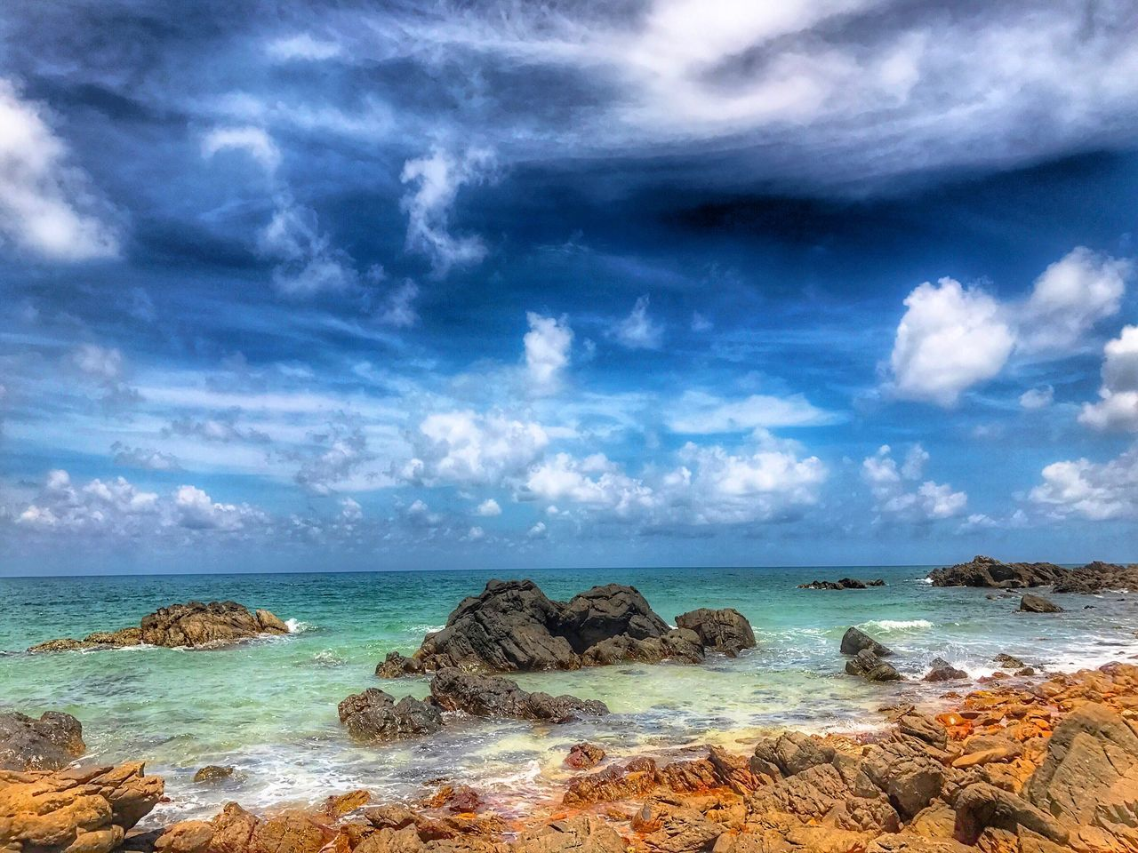 sea, sky, horizon over water, cloud - sky, beauty in nature, scenics, nature, water, rock - object, outdoors, tranquil scene, day, tranquility, no people, blue