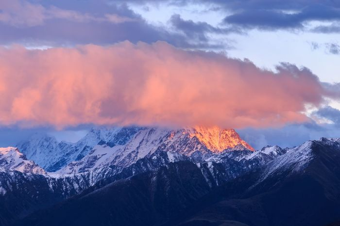 Snow Mountain Winter Scenics Mountain Range Nature Cold Temperature Beauty In Nature Tranquil Scene Landscape Landscape_Collection Landscape_photography (null) Landscapes Sky Tranquility Cloud - Sky Idyllic No People Wilderness Area Mountain Peak Outdoors Day China Sichuan Paint The Town Yellow
