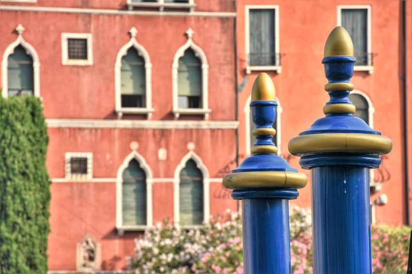 Venice Streetphotography Street Urban Multi Colored City Close-up Architecture Building Exterior Built Structure Travel Residential Structure