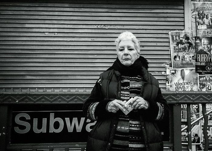 a c q u i e s c e Blackandwhite Streetphoto_bw Streetphotography