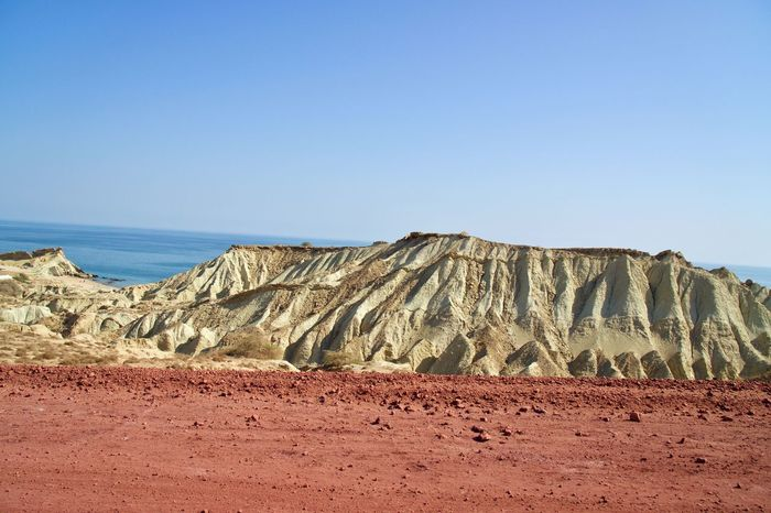 The natural colors of Hormoz EyeEmNewHere Sand Arid Climate Physical Geography Beauty In Nature Mountain Tranquility Scenics Desert No People Tranquil Scene