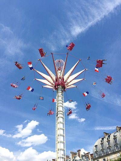 Showcase July EyeEmBestPics EyeEm Gallery Eye4photography  EyeEm Best Shots Jardin Eyemphotography Clouds And Sky Eyem Best Shots Fun Fair Fun Happy Happy People Happiness Tuileries Garden Jardin Des Tuileries Fête Foraine Summer