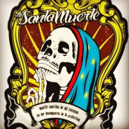 La blanquita Skull Design Newtattoo Santamuerte