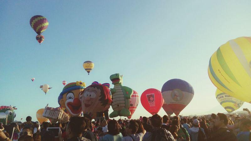 Hot Air Balloon Festival.🙌😘😍😊💜 Hotairballoons Balloonfiesta  Balloons🎈 Photography Photooftheday EyeEm PhotoDiary Moments Memories