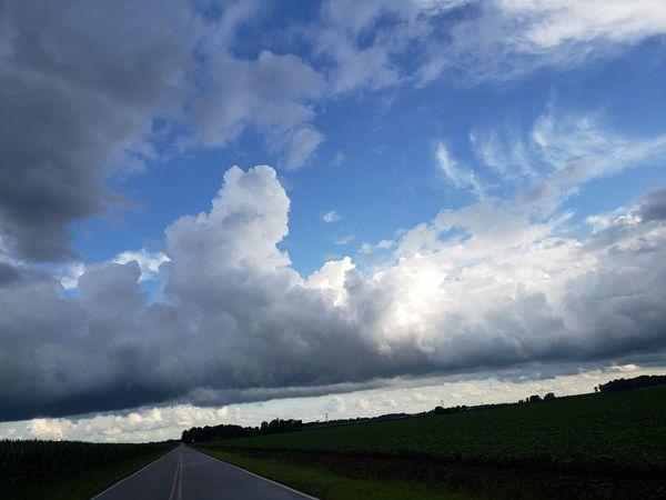 Storm Cloud Extreme Weather Thunderstorm Road Sky Landscape Cloud - Sky Dramatic Sky Atmospheric Mood Moody Sky Romantic Sky Meteorology Atmosphere Dramatic Landscape Storm Cloudscape Country Road
