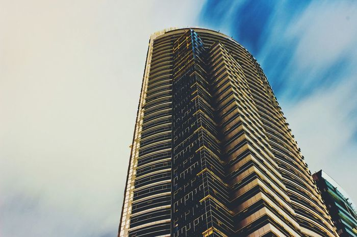Touching the skies NEM Architecture Sky_collection Vscocam The Architect - 2014 EyeEm Awards