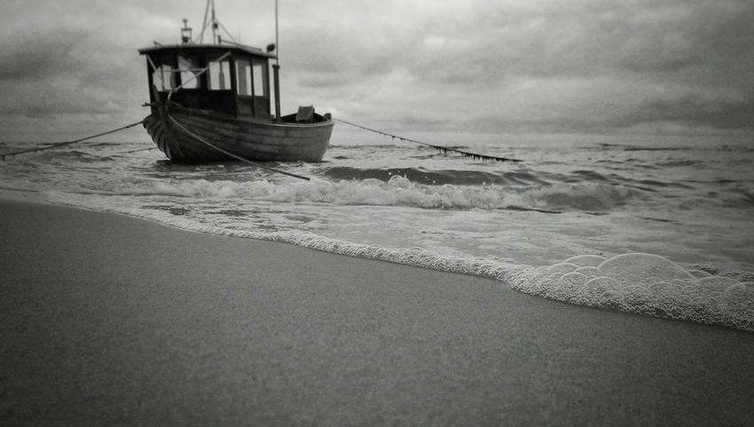 Boat Beach Black & White