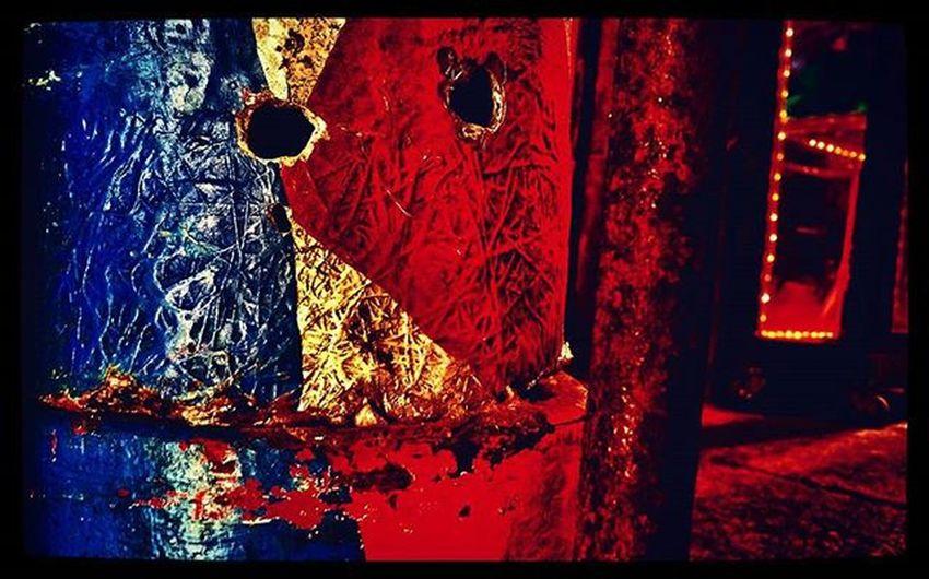 Devils reyect Whitezombie Contraste Saturacion Oniric Onírico Caras Faces Carnival Feria Circo Textura Locos Locura Idadeoya Colorful Colour Colores Coloratope Tuquemiras