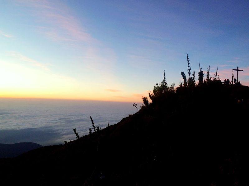 Sky Cloud Picodabandeira Altocaparao Minasgerais Brazil Trek Trekking TrekkingDay Hiking Trekkingeasybrasil Sun Nascer Do Sol Sunrise Tranquility