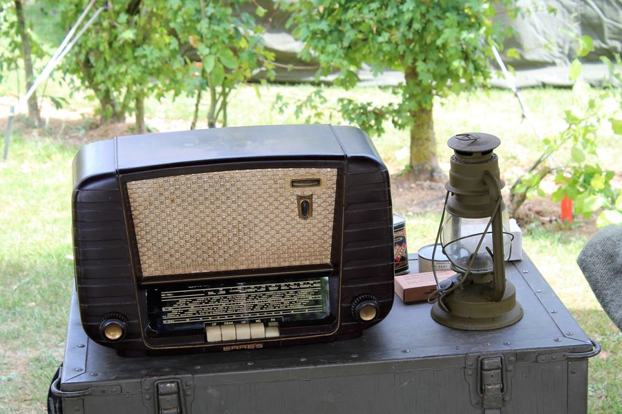 1940's 1940-1945 Event Radio See What I See WW2 Leftovers Walking Around Taking Pictures Canned Fish Canned Food Close-up Day Letter No People Typewriter Vintage Ww2 Ww2 Camp Cauberg 2017 Ww2 Reenactment