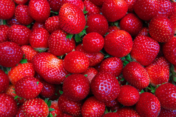 Red Healthy Eating Fruit Freshness Strawberry Berry Fruit Juicy Ripe Close-up