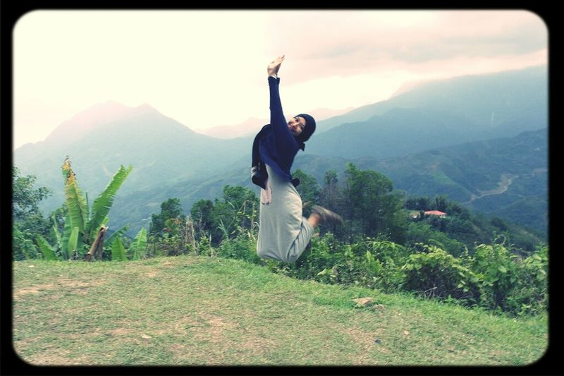me @ sabah...Gunung Kinabalu...yeayyy... Taking Photos Enjoying Life Just Shoot Enjoying The View