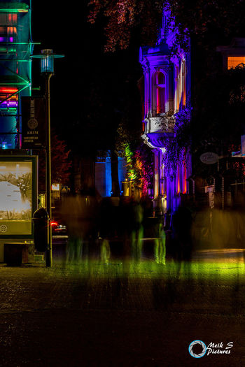 Die Geister die ich NICHT rief.... Night Illuminated Outdoors Langzeitbelichtung✔ Recklinghausen Leuchtet Recklinghausen Nachtaufnahme Nachtaufnahme Halloween Canonphotography Canon