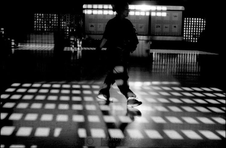 Caracas - Venezuela 2008 / © Aaron Sosa www.aaronsosaphotography.com www.aaronsosablog.com Check This Out Taking Photos Streetphotography Taking Photos Light And Shadow Photography Assignments Fotografia Check This Out Caracas City Film Filmisnotdead Blackandwhite Ilford Black And White Monochrome (null)Monochromatic Venezuela Caracas Light Shadow