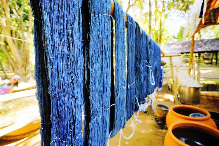 Dying Blue Dye Handmade Dress Dyed Cloth Indigo Blue Thread Work Indigo Dye Cotton Cloth Wood - Material