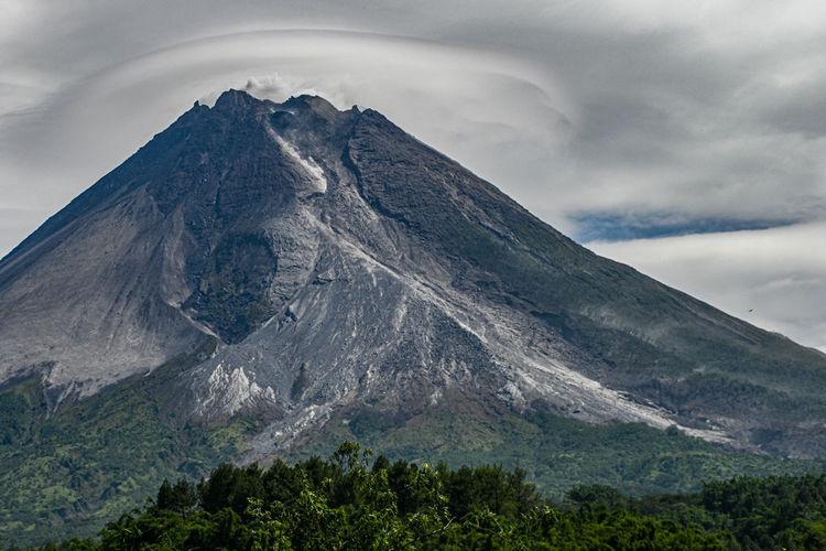 Lenticular clouds on mount merapi