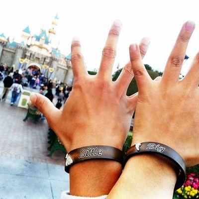 My first bracelet!! Reaching for Disneyland!! Spirit fingers!! Jazz fingers!! Haha Bigandlittle Mickeymouse Goofy Tinkerbell handsmodeling