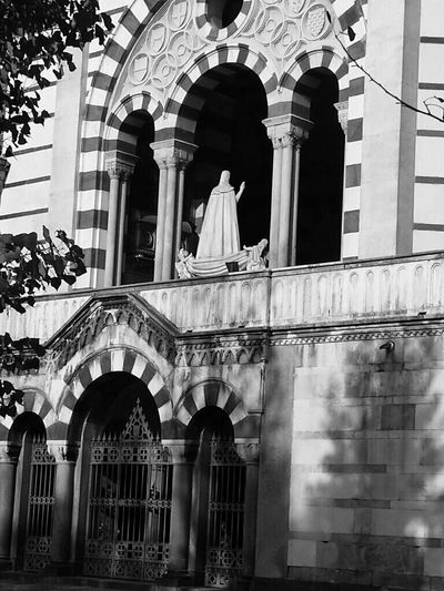 EyeEm Gallery Eye4black&white  Shades Of Grey Eternal Peace Architecture_collection Eyemphotography Urban Architecture Details Creative Light And Shadow