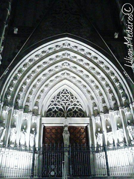 Religion Spirituality Built Structure No People España Espanha Barcelona♡♥♡♥♡ Reflexão  Cruch Igreja History Architecture