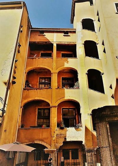 Window Architecture Building Exterior Built Structure Business Finance And Industry Balcony No People Outdoors Façade Residential Building Low Angle View Day Summer Followforfollow Objekt Gebäude Architektur