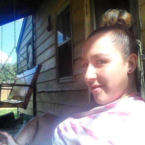 Sittingonporch Sun Me Selfie ugh thirsty needsoda finnabepissed