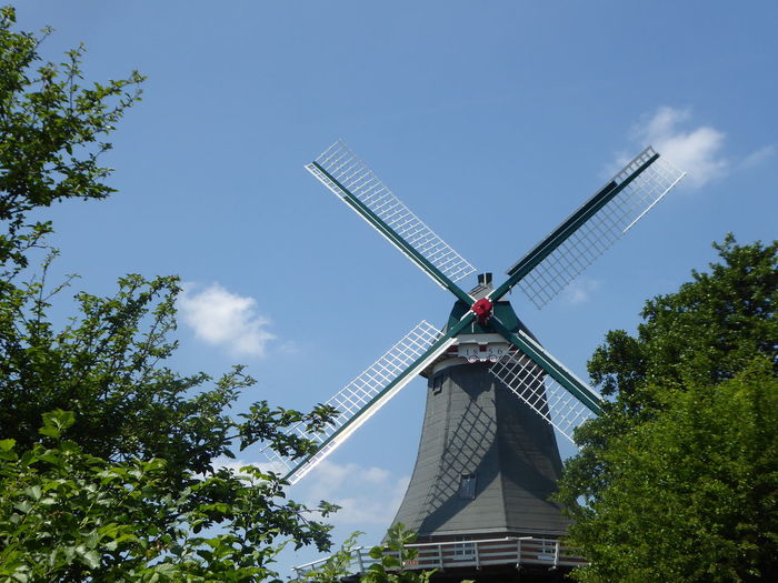 view from a boattrip🤗 Memories ❤ Greetsiel, Germany Ostfriesland Windmühle Windmill Simple Photography Simple Beauty Windmills Photography For My Friends🙄🙋‍♀️ Happy Moment♥ Lucky Me🦄 Thankful🦄 Tree Wind Power Windmill