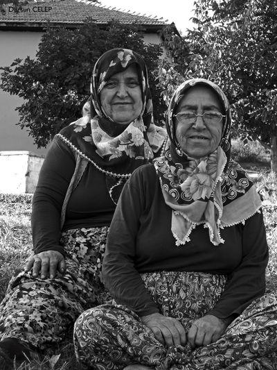 First Eyeem Photo Turkey Istanbul Travel Photo Photooftheday Photography Blackandwhite Siyahbeyaz Grandmother Black And White Black & White Peasant Farm Human Women Around The World