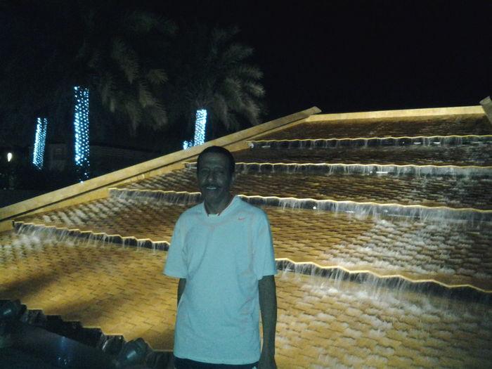 في دبي