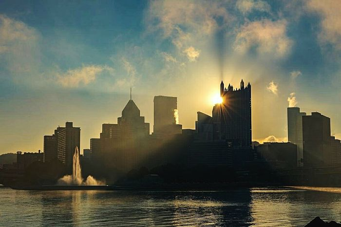 Urban Skyline Skyscraper Architecture City Sunset River Downtown District Cityscape EyeEm Perspective Photography Landscape Photography Sunrise_and_sunsets Scenics Pittsburgh Skyline Pittsburgh Travel Destinations
