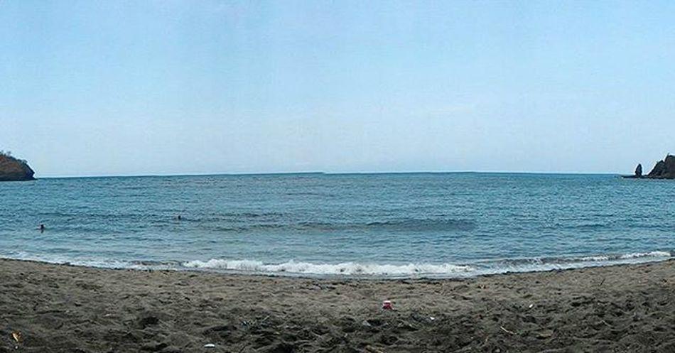 Photooftheday Weekend Holiday Beach Sea Ocean White Blue Sky Cloud Cloudy Sun Light Bright Shadow Island Lombok Traveling Travel Trip Nature Natural Explore Explorer Tagsforlikes sunset iphone iphonesia explorelombok
