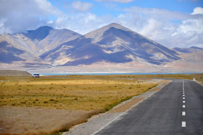 Asphalt Car Ride  Car Trip Drive Drive By Shooting Road Road Trip Roads Roadtrip The Drive Travel Way Miles Away