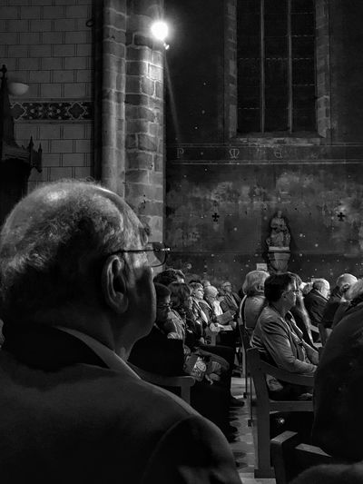 Listening To Music in Limours Church 😀 Suburb of Paris France Photooftheday Picoftheday People Moment Choeur De Limours Night Light Built Structure Blackandwhite Bnw EyeEmBestPics EyeEm IPhoneography EyeEm Best Shots Iphonephotography Iphoneonly Mobilephotography Outofthephone Music Joseph Haydn