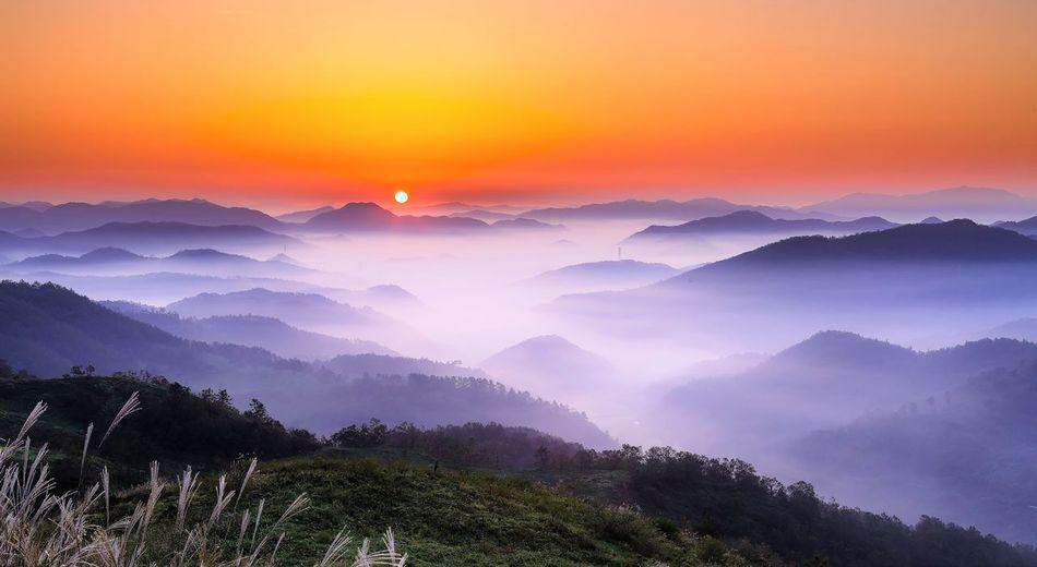 Nature Beauty In Nature Scenics Tranquil Scene Mountain Fog Landscape Mountain Range Sunset Sky