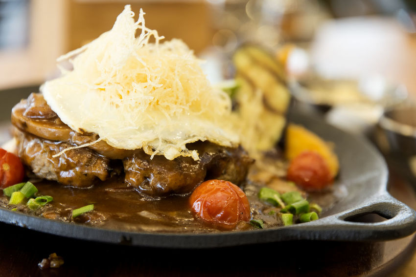 hamburger steak Close-up Day Food Food And Drink Freshness Hamburger Steak Healthy Eating Indoors  No People Plate Ready-to-eat Seafood Steak