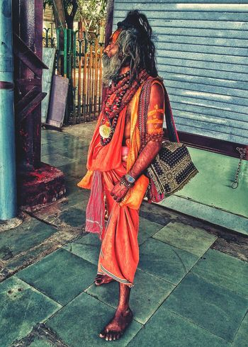 Traditional Clothing One Person Standing Religion Sage Shiva Devotee NOMAD Nomadic Life Traditional Culture Indian Sage Long Hair Man The Street Photographer - 2017 EyeEm Awards This Is Masculinity