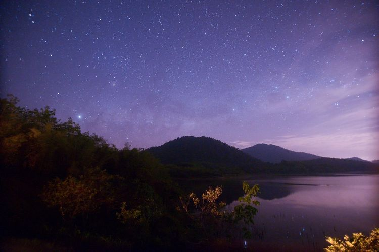 Milkyway on beris Star - Space Night Astronomy Sky Space Galaxy Beauty In Nature Milky Way Lake