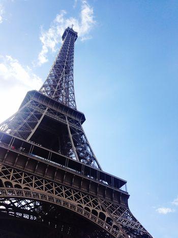 Tour Eiffel Autumn Blue Sky in Paris