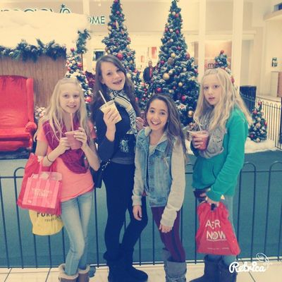 7 hour shopping spree with meh gurllyyys at the mall 😍😘✌💕👑